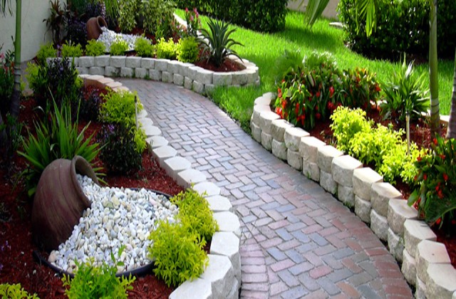Mereki Landscaping | Market Space - Free online business ...