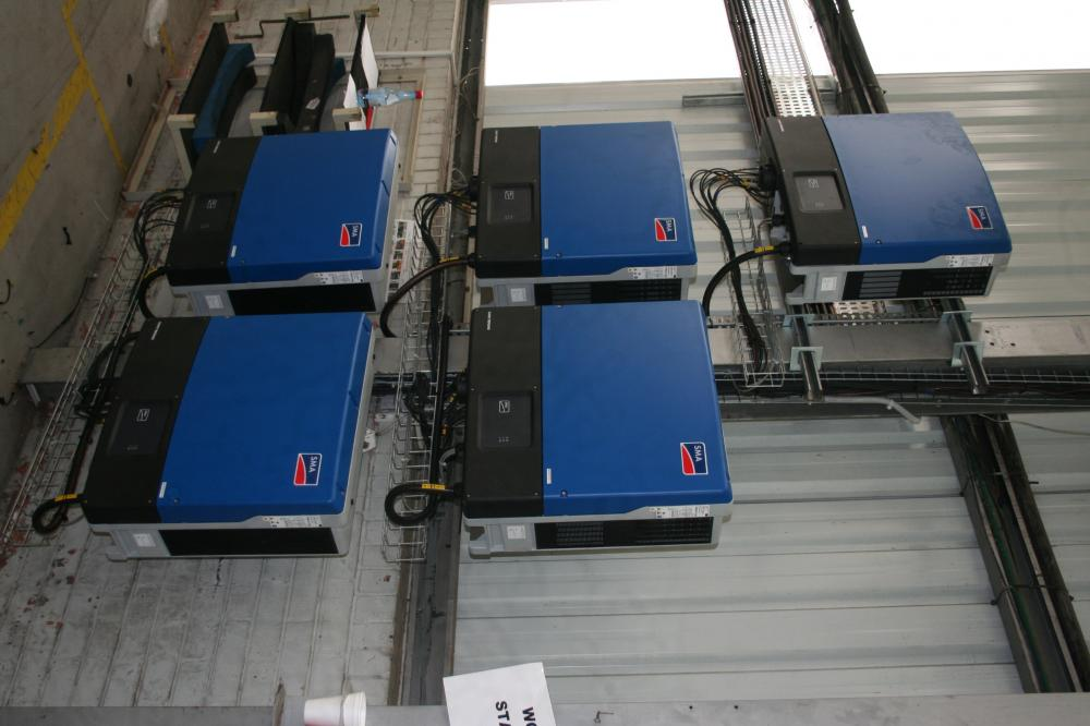 SMA Tri Power string inverters in parallel
